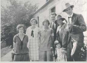 picture of william soutar and family